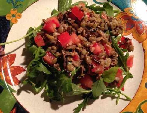 Lentil with arugula salad